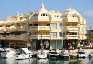 sunset beach Club benalmadena contratos financiados con BBVA
